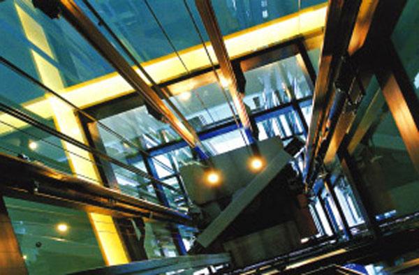 日常生活中 哪些场所需设置消防电梯?